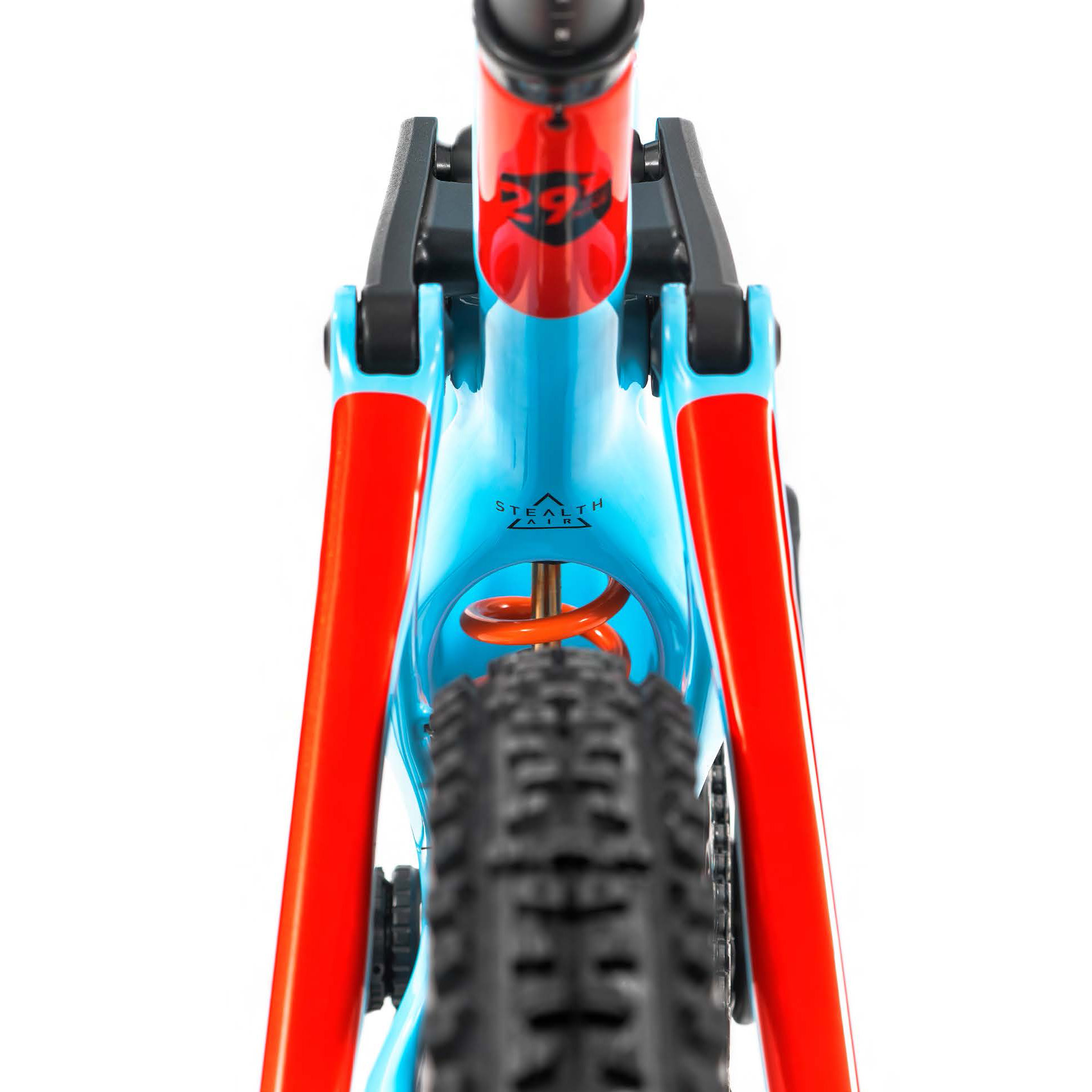 Mondraker Releases All-New Foxy Carbon 29 - The Loam Wolf