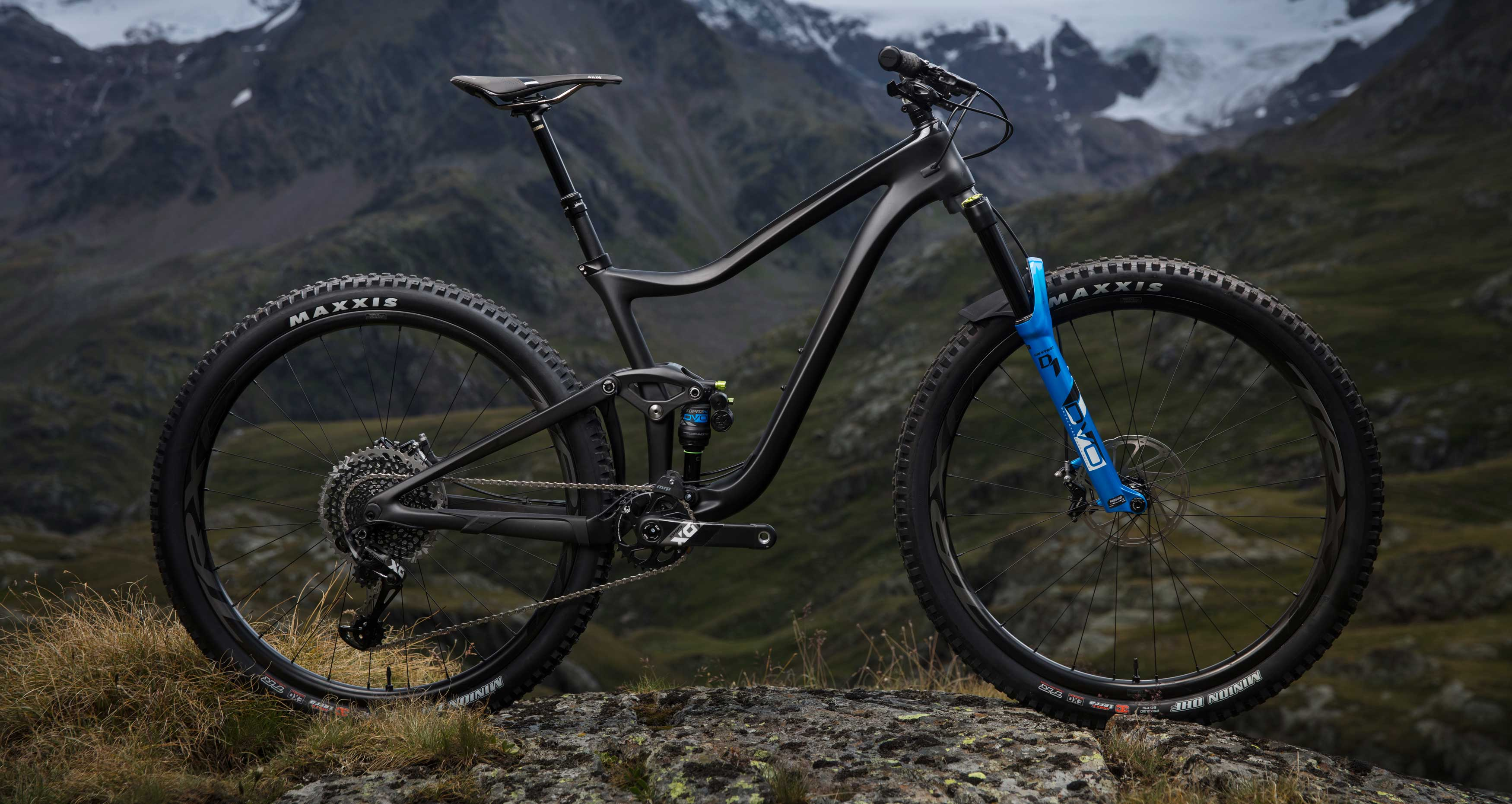 First ride aboard the new Giant Trance 29  An all carbon
