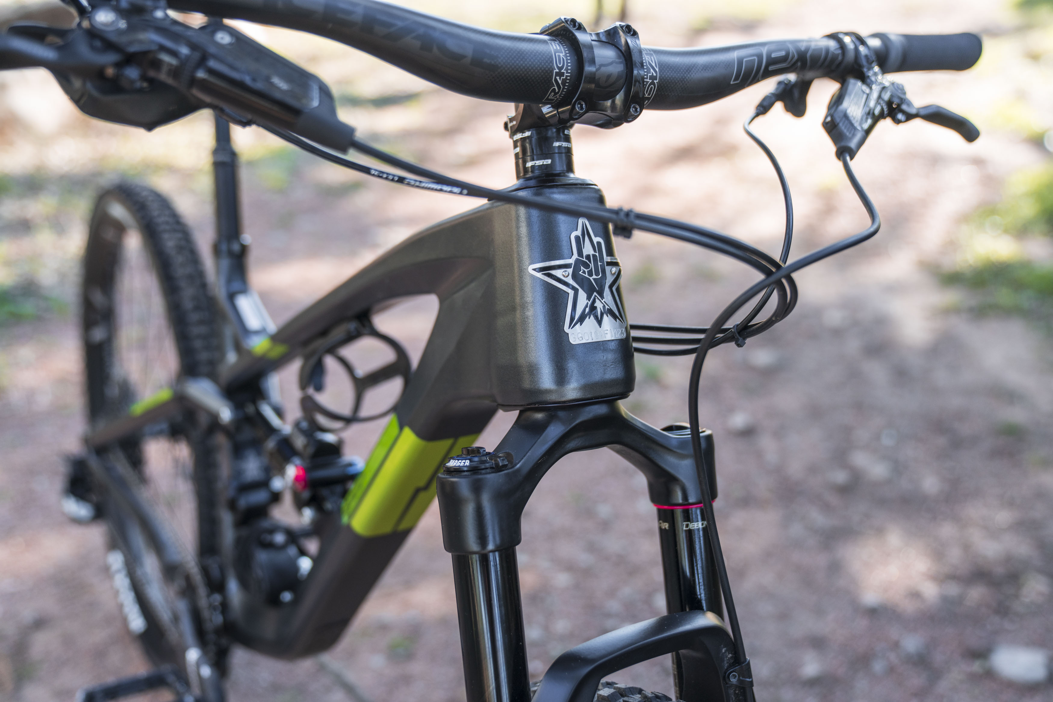Guerrilla Gravity Affordable American Made Carbon Mountain Bikes