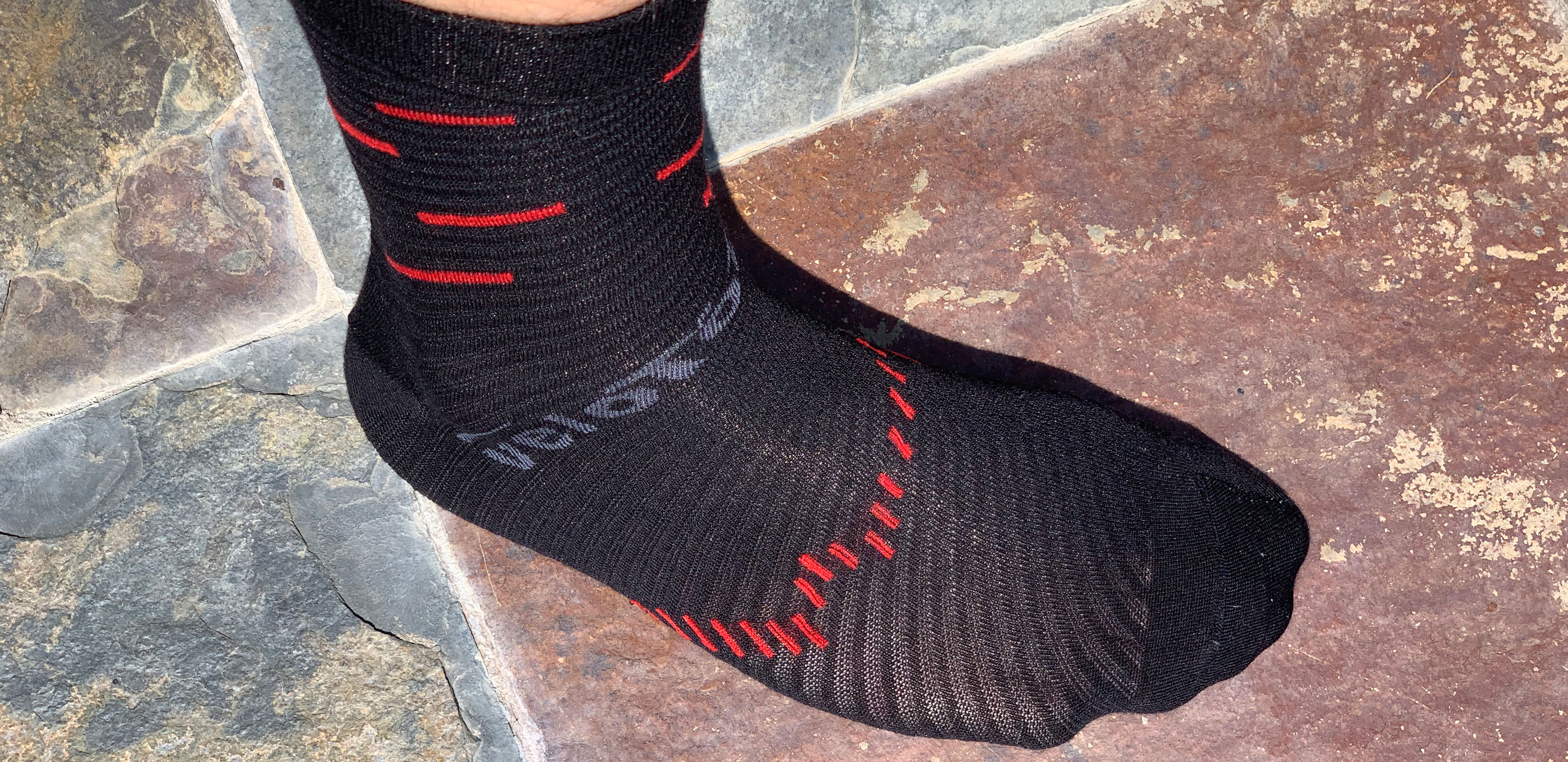 124df5ab4a3bd Review: VeloToze Socks - The Loam Wolf