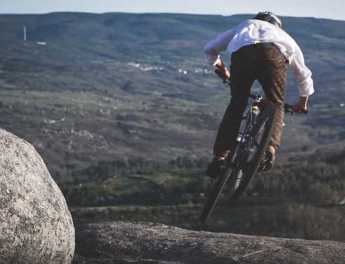 Video: Bike Surfing in Portugal