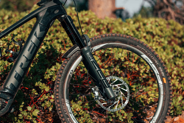 Review: <br>Rock Shox Zeb Ultimate