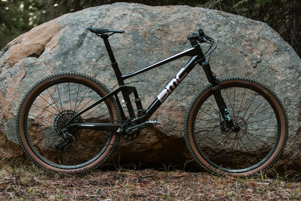 Review: <br>BMC Fourstroke 01 LT One