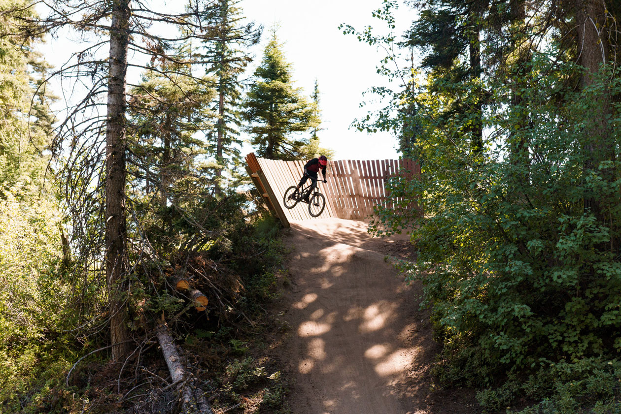 Canyon Torque CF Review - Wall Ride exit
