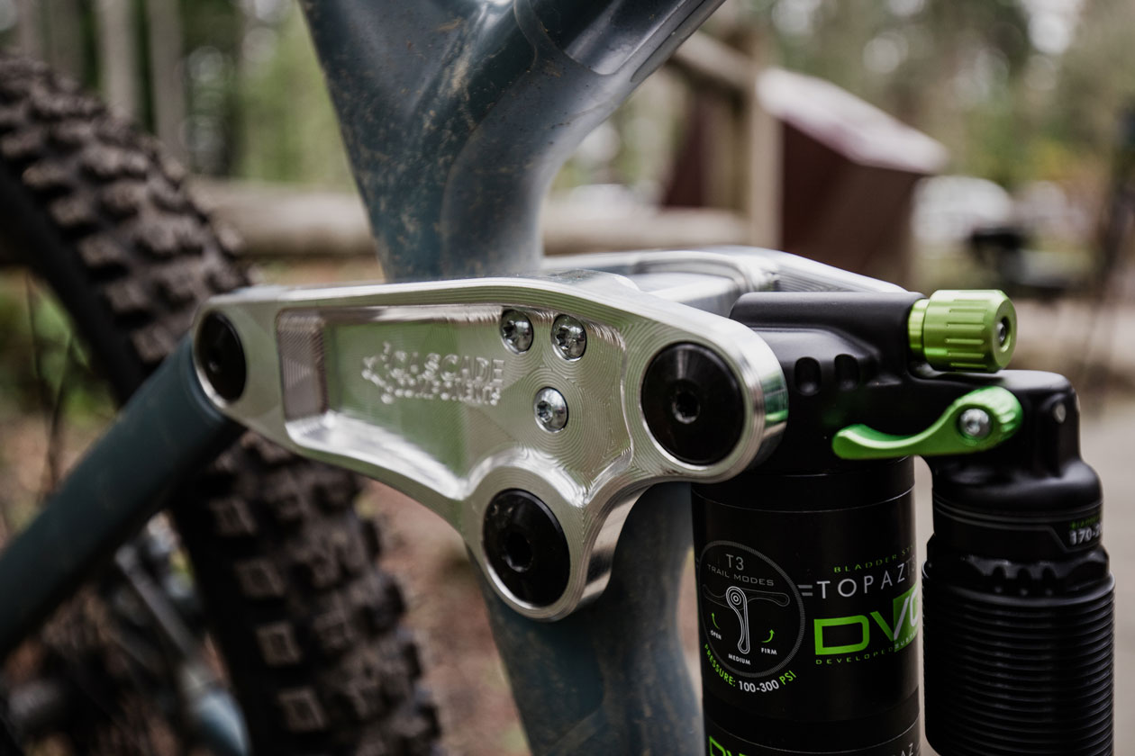 Cascade Components Norco Sight Linkage Review - Installed