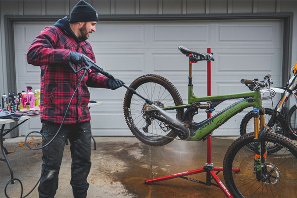 Video: <br>How to Wash Your Mountain Bike