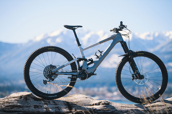 First Ride Report: The New Specialized Kenevo SL