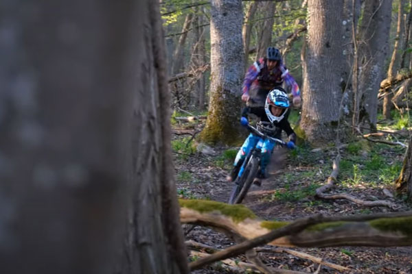 Video: Teaching the Ways of MTB...to an 8 Year Old