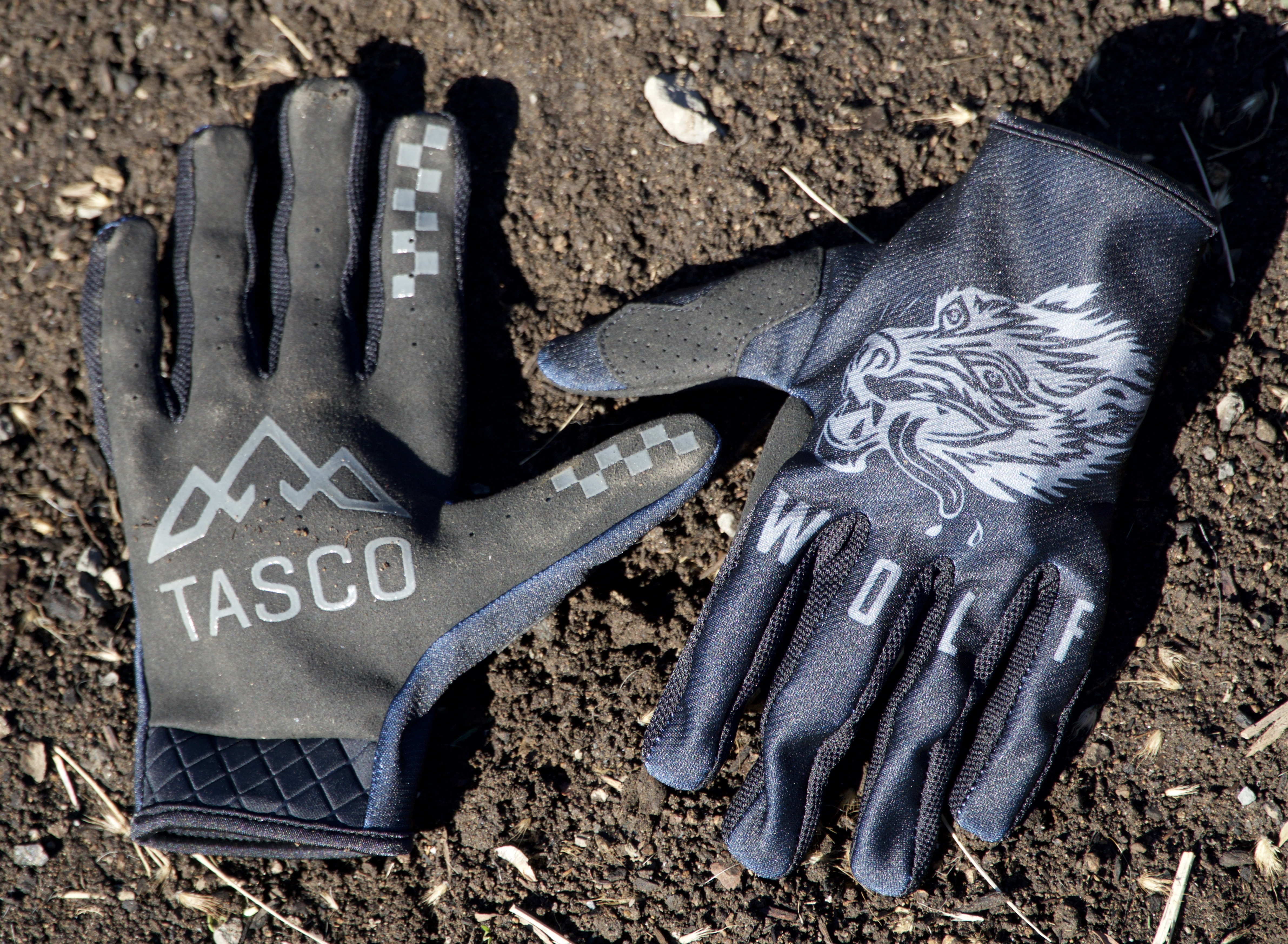 Loam Wolf Gloves Best Gifts for Mountain Bikers