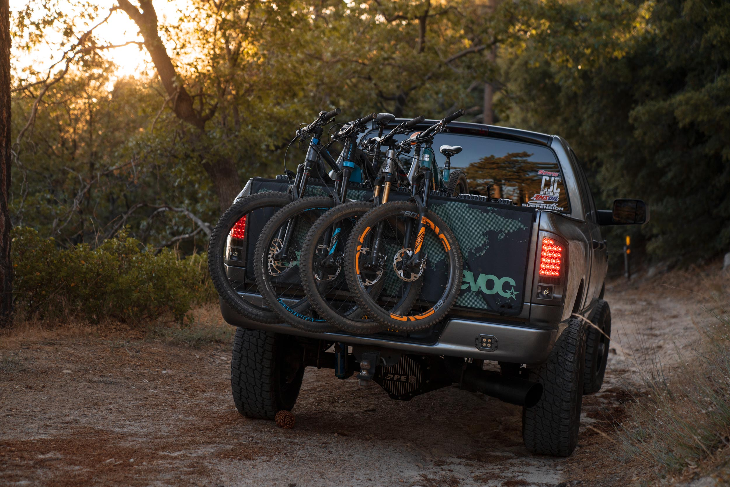 Evoc Tailgate Pad Review The Best Way To Shuttle Bikes